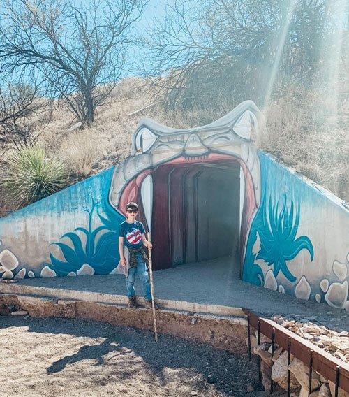 Family friendly hike in Tucson, Cienega Creek.